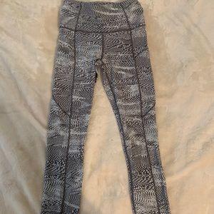 Size 4 Lululemon 7/8 leggings